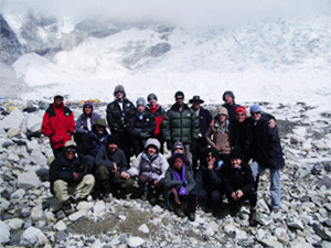Sponsoring Jenny and Phil Larby trekking to Everest Base Camp in aid of Lakshmi Ashram North Iindian School
